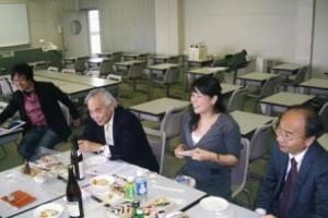 1. 三田法曹会・豊泉元会長(左から2人目)