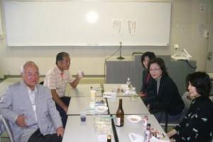 7. 熊谷前会長を囲んで(左端)